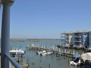 Chincoteague Getaway on the Bay