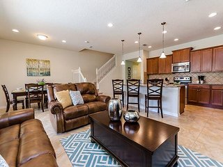 Just 10 minutes from Disney World, this townhome boasts comfort and luxury!!!