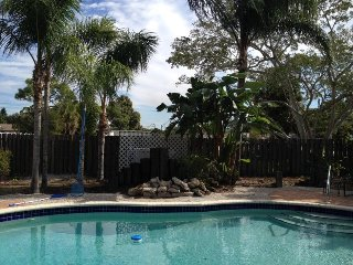 Paradise Pool Home 10 Minutes from the Beach