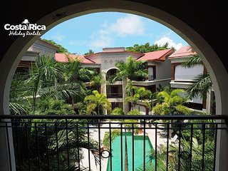 Garden Penthouse Pool View Terrace Macaws 18, Jaco