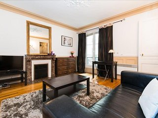 Lauriston Studio apartment in 16eme - Bois de Boulogne - Trocadero with WiFi & l