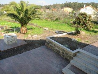 CASA TIPO RURAL CON JARDÍN Y BARBACOA, Vilagarcia de Arousa