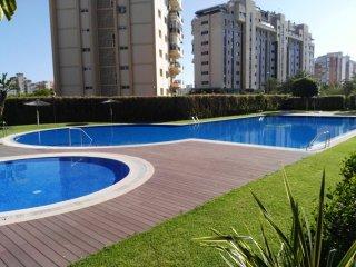 Apartamento cerca de la playa y muchos servicios.