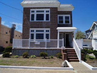 830 Atlantic Ave. 2nd Flr. 134862, Ocean City