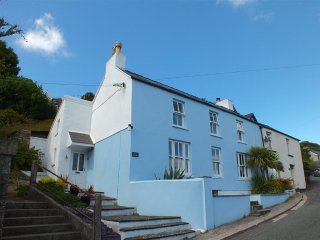 Rose Cottage Goodwick (888)