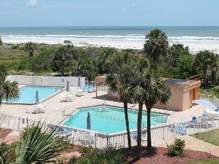 St. Augustine Beach and Tennis 405, Steps to Beach, 2 Pools, WIFI