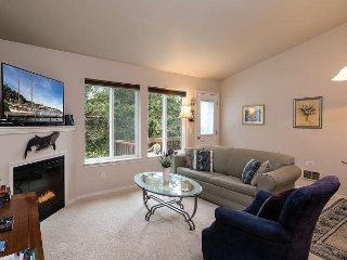 Bk 2 Get 2 Nts FREE! Great Location! Walk to beach/downtown,Pets, Suite Beach