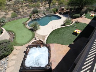 Resort Style North Scottsdale Home!Putting Green, Hot tub, pool, game rm! 14beds