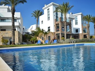 2 Bed Apt / A/C / Wi-Fi / Ground Floor / Las Ramblas Golf Course #213