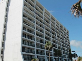Beautiful 11th Floor Ocean Front 3 Bedroom Condo