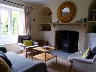 Garden Cottage - relaxing getaway for 2, near Glastonbury, Butleigh
