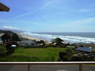 THE VIEW HOUSE~Breathtaking ocean views from this elegant home that sleeps 13