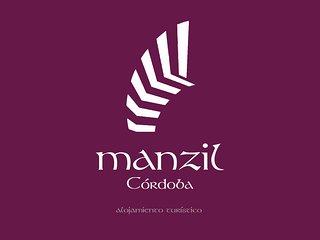 MANZIL CORDOBA, Casa independiente con 2 platas y patio