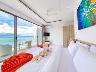 Beach Villa Blue Sky - Panoramic Sea & Beach Views