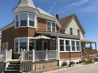 4 Walnut Ave, Old Orchard Beach