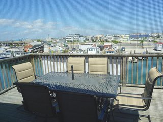 Bay Front Vacation Home, Short walk to Beach and area Resturants, Sea Isle City