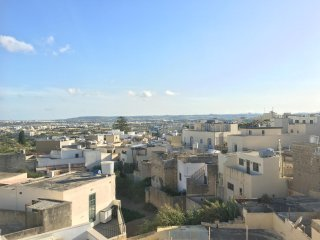 Malta luxury holiday apartment Naxxar with views. Ideal for wedding visits