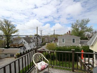 Charming 2BR Cape Home w/ Bay View Deck & Walk to Beach