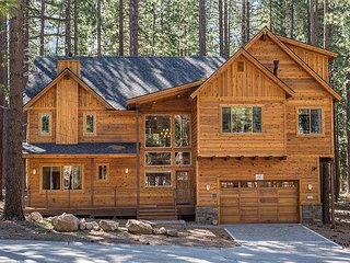 New Luxury 5BR w/ Indoor Pool, Private Hot Tub, & Game Room - Walk to Skiing, South Lake Tahoe