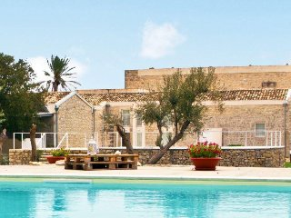 Large Villa in Southern Sicily with Pool Near Modica - Villa Corallo - 12