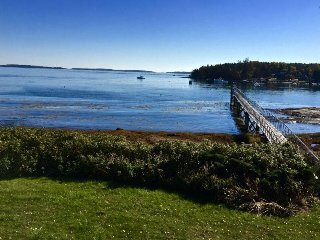 Gorgeous waterfront house with dock and stunning views, Spruce Head