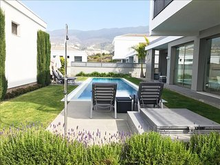 MODERN & LUXURIOUS VILLA. Pool, Sea, Teide views & BBQ