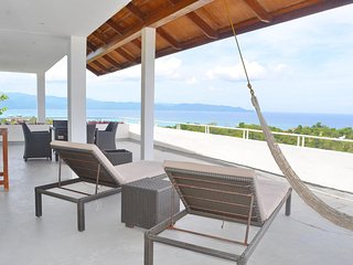 U6 Shambala Terraces - 2 BR Apt with Stunning Ocean View