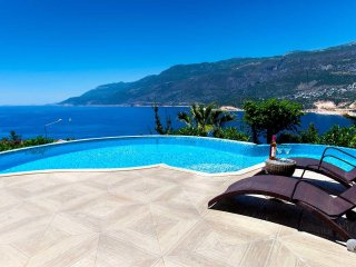Villa Aston - KasVillas .. PRIVATE Villa and NEW PRIVATE Pool (from 2020)