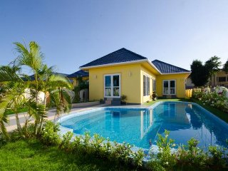 Super 3 Bedroom Phuket Pool Villa