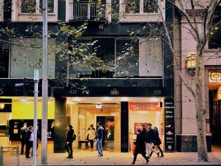 Anchor on Collins - Duplex 1 Bedroom Apartment (B), Melbourne