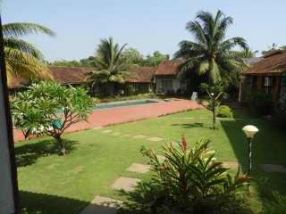 BEAUTIFUL POOL FACING VILLA IN THE HEART OF ANJUNA