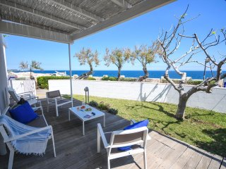 Cala Paura Appartament – with front sea view veranda, a few steps from the beach