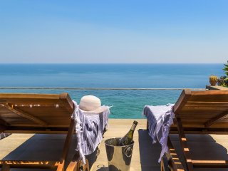 Villa Battiato - home n pool, Acireale