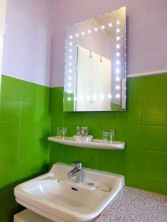 Carefully selected for you: Aromatherapy Associates toiletries