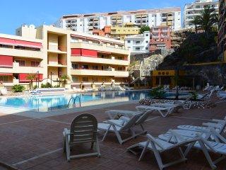 Oliva complecs  Puerto Santiago 500  metros  del  mar , piscina , zona tranquila