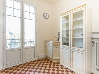Carnot 2 bed - 949