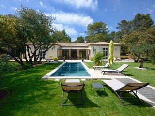 La Bellestrelle Villa au calme a 5 Km d'Aix En Provence