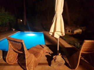Chalet de montaña con piscina privada en Parque Calar del Río Mundo, Riopar