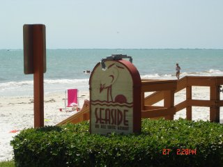 Seaside Penthouse gulf front condo 2BR,2BA,smack on the beach,facing beach,WOW
