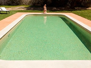 Apt. Mughetto in stunning Villa, swimming pool, Chianti, 15 min from Florence