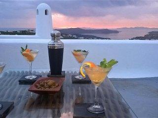 Sprawling  terraces & magical Caldera sunsets (Upper terrace)