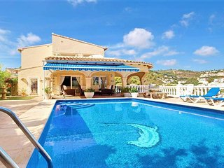 Luxury 5 Star Family Villa close to Moraira with Private Pool Sleeps 8