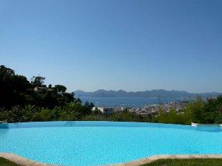 Magnifique villa avec vue panoramique mer