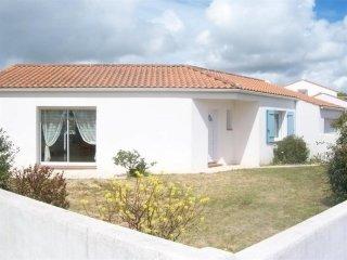 Dans quartier résidentiel, MAISON DE PAYS AVEC JARDIN CLOS / 4 personnes, Bretignolles Sur Mer