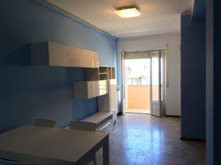PINETO: app.to posto al terzo piano con  ascensore, Pineto