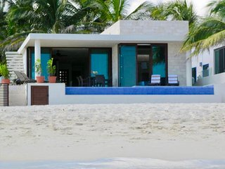 Impecable Villa Oceanfront