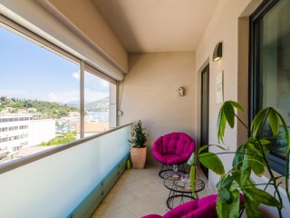 Apartment Jelly Downtown - Two Bedroom Apartment with Balcony and Sea View
