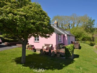 42326 Cottage in Cardigan, Aberporth