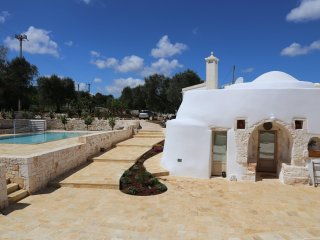 Trullo Apulia con piscina - with swimming pool