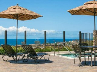10% OFF APR - Gated Community w/ Pool, Jacuzzi, Fireplace & Walk to Beach